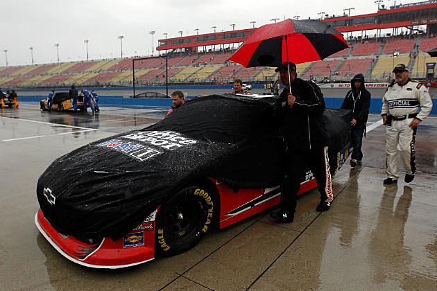 Rain at Auto Club 400