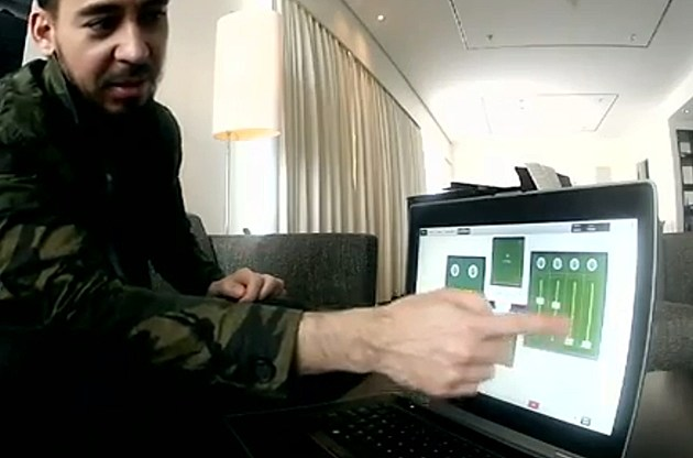 Mike Shinoda of Linkin Park on his Dell